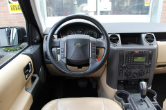Land Rover-Discovery-14