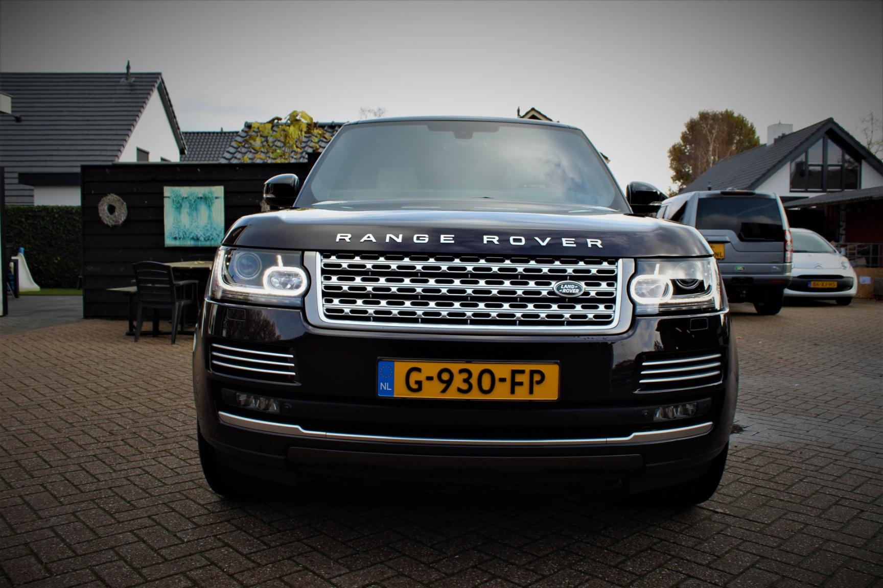 Land Rover-Range Rover-22