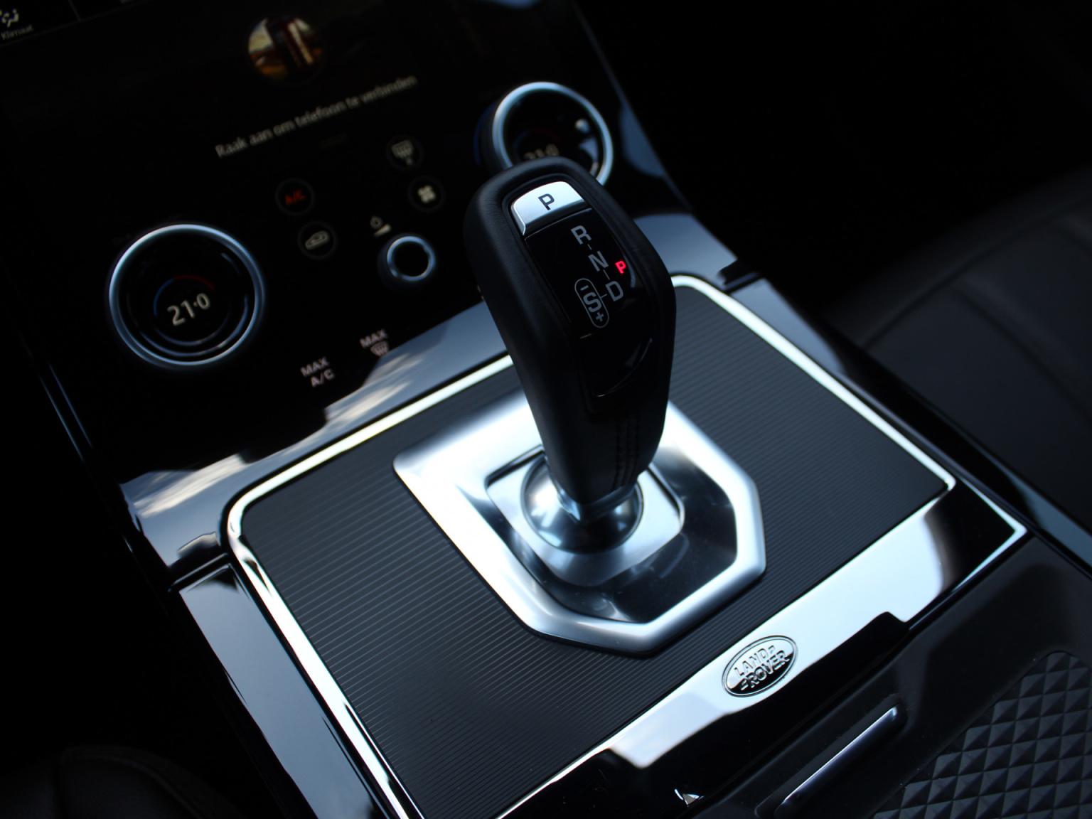 Land Rover-Range Rover Evoque-18