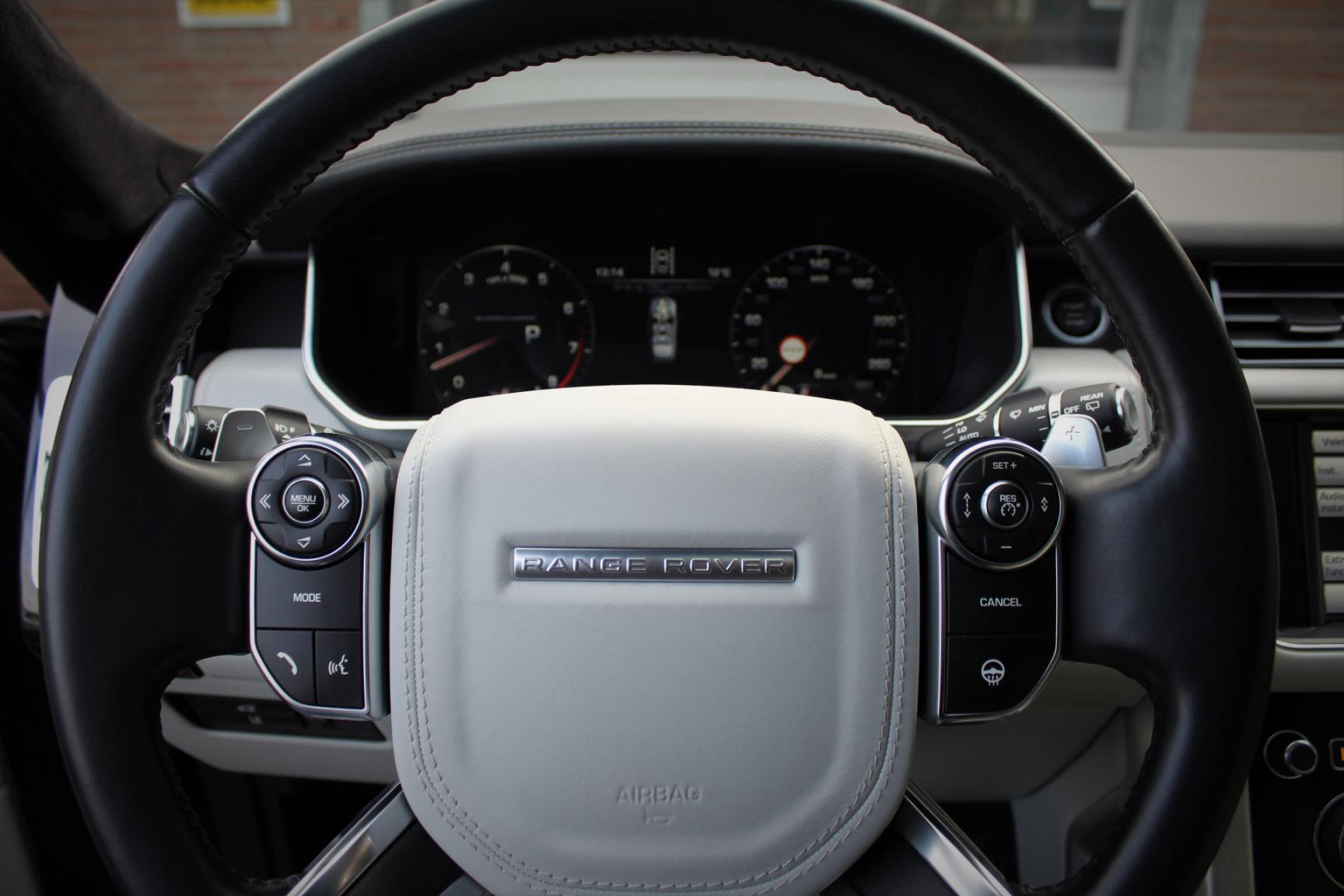 Land Rover-Range Rover-50