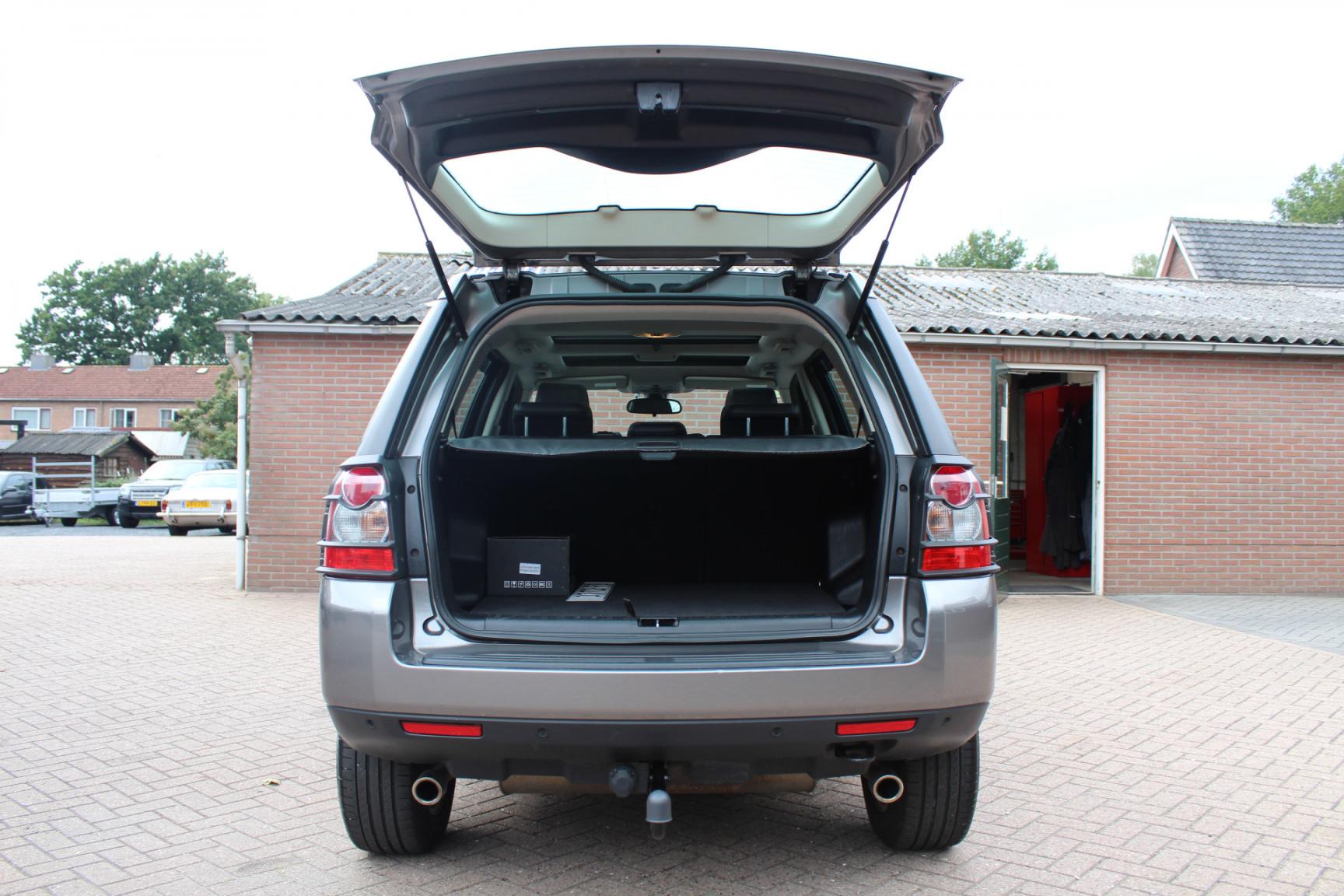 Land Rover-Freelander-20