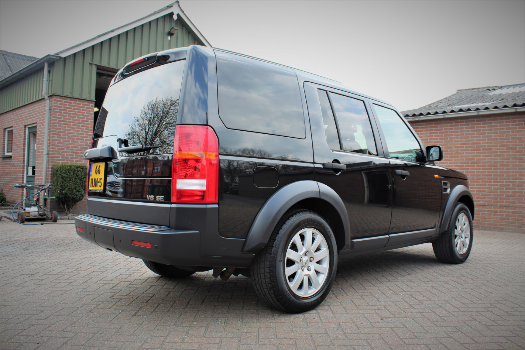 Land Rover-Discovery-1