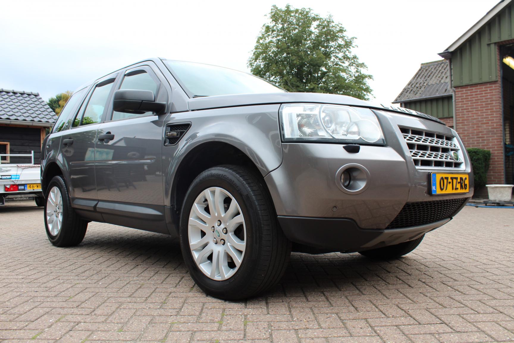 Land Rover-Freelander-12